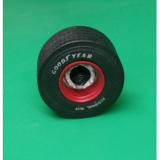 Low profile 435/50R 19.5 trailer wheels, tyres and hubs